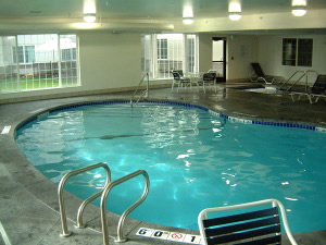 Pool and spa at the Holiday Inn Airport Spokane